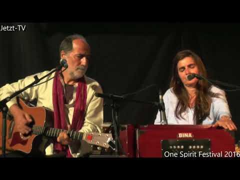 Satyaa & Pari beim / at the One Spirit Festival 2017