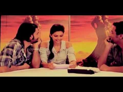 Moments:- Ranveer Singh and Deepika Padukone : offcam
