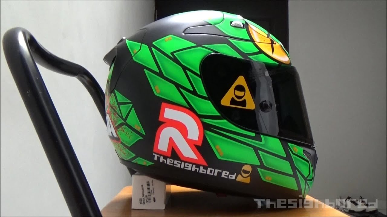 HJC RPHA 10+ Lorenzo Replica Green Mamba - YouTube
