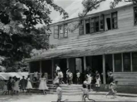 Nieuws uit de West: onderwijs in Suriname (1957)