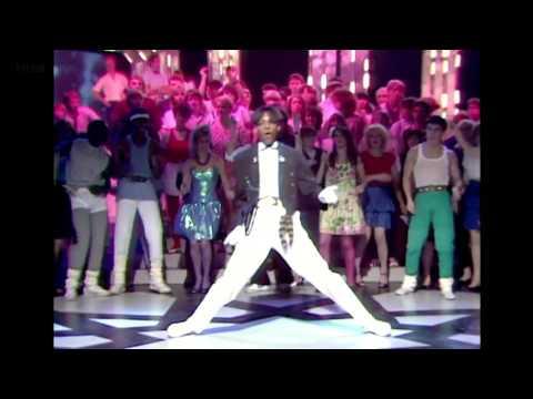 Shalamar - Jeffrey Daniel - The MoonWalk - Top Of The Pops - The Story Of 1982