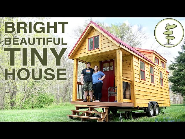 21-Year-Old Builds the Mortgage-Free Tiny House of His Family's Dreams