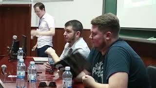 Встреча команды «Таксист Русик» и Нагимуши со студентами