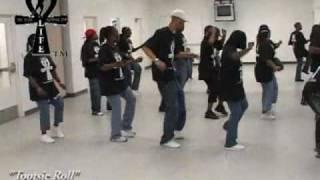 "Step  / Line Dance - ""Tootsie Roll"""