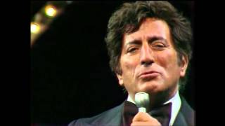 Watch Tony Bennett Lucky To Be Me video