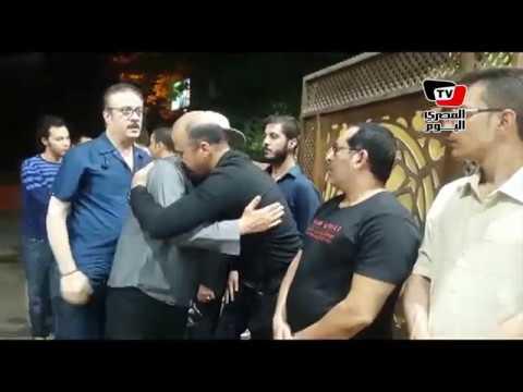 عمرو عبد الجليل في عزاء الفنان ماهر عصام  - 22:22-2018 / 6 / 18