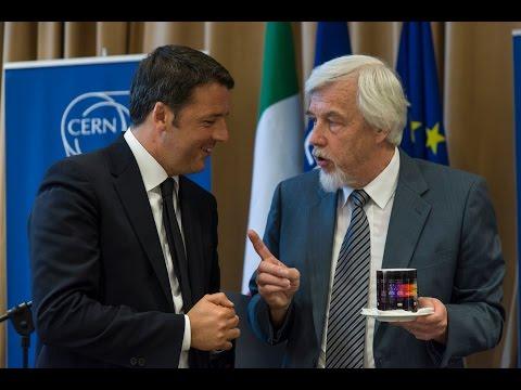 Matteo Renzi in visita al Cern di Ginevra