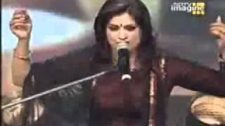 Download Chaap Tilak sab Cheeni   Richa Sharma MP3 song and Music Video