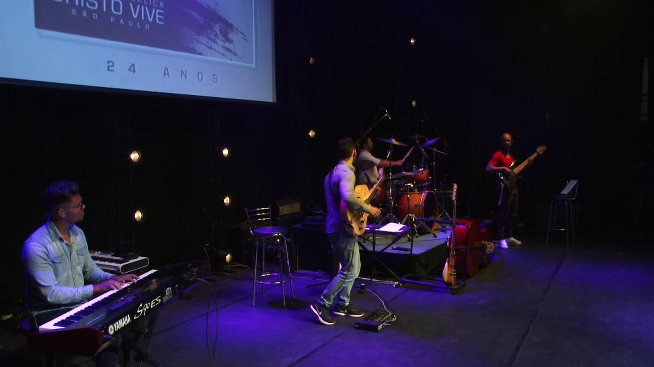 Fabio Tavares drums, Nunes Bass, Rodolfo Rosa teclado, Daniel Fagundes guitarra