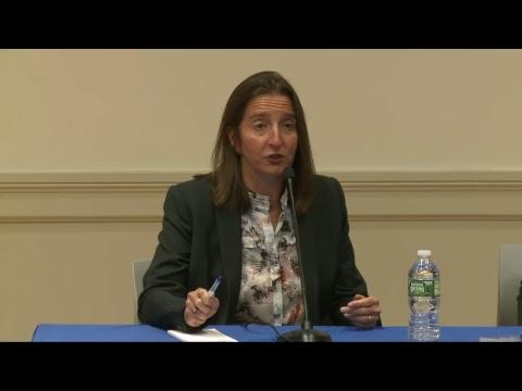 A Delacorte conversation with Lynn Oberlander of Gizmodo Media