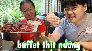 Lần đầu út yêu đi ăn buffet thịt nướng