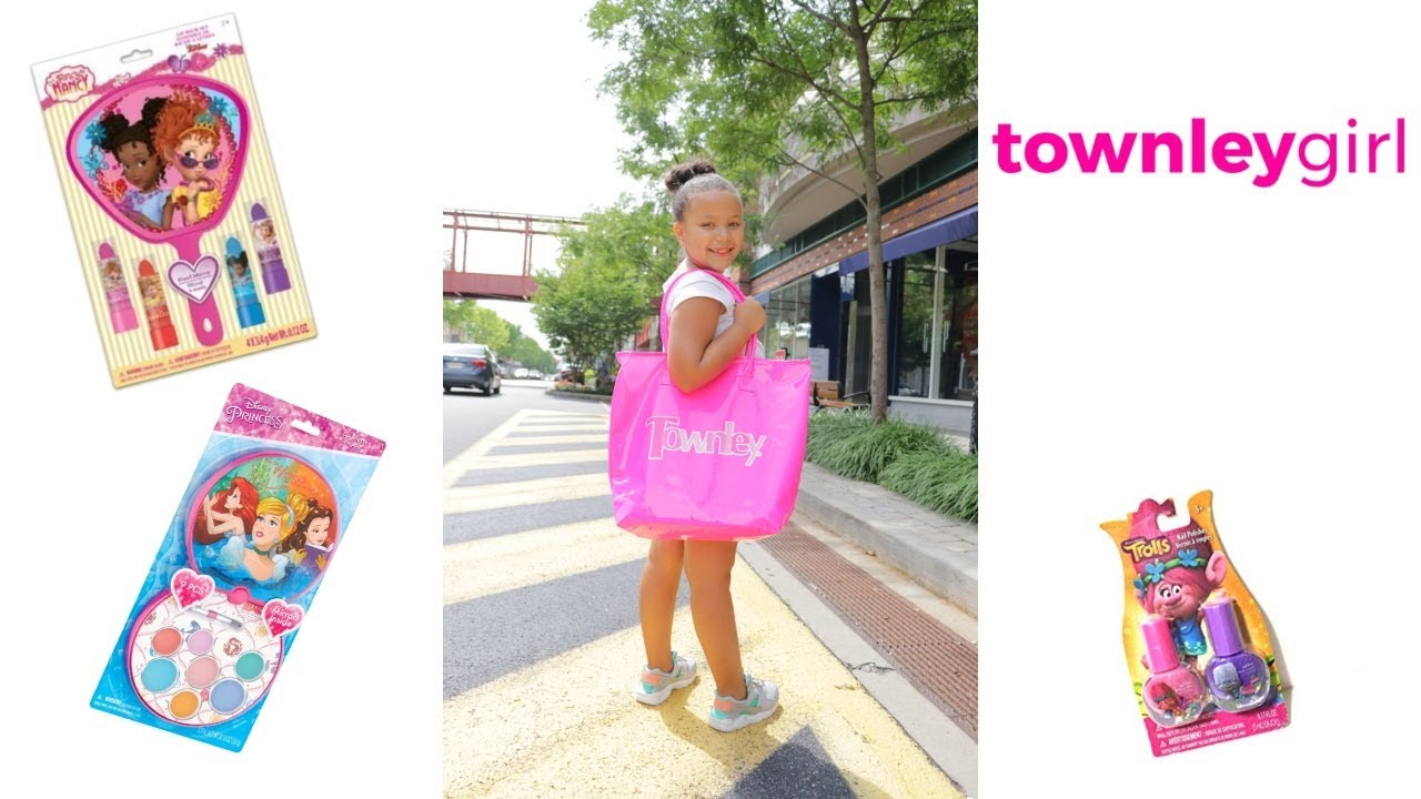 TOWNLEY GIRL UNBOXING ! MAKEUP FOR KIDS !
