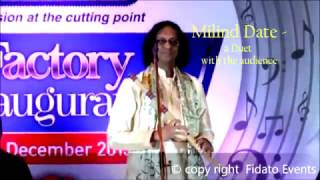01Milind Date  Duet with the audience