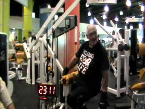 Jimmy the Geezer sets a Lat-Pulldown World Record