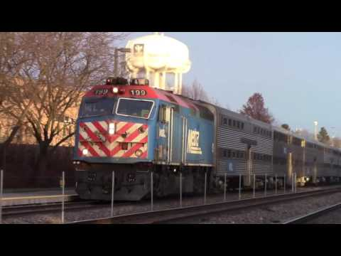[HD] Railfanning at Naperville il 12/30/16