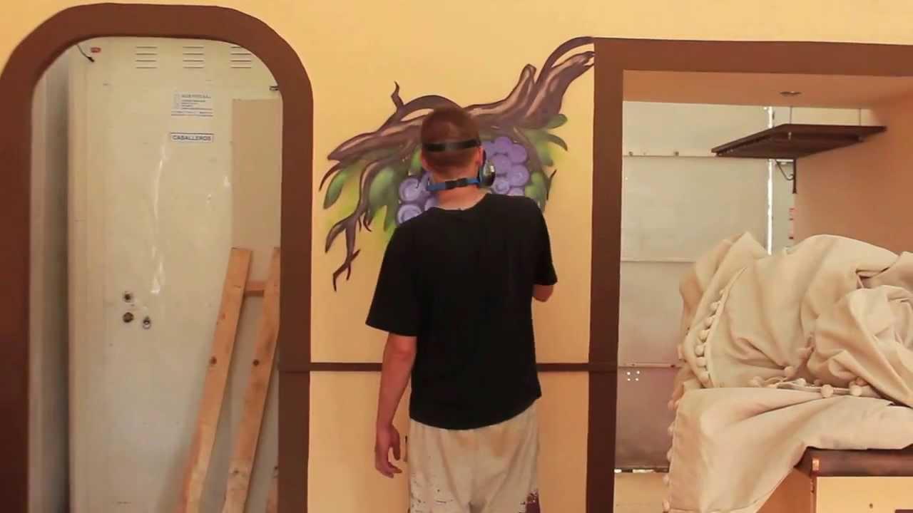 Decoraci n casetas feria de jerez graffiti mural for Casetas de resina para jardin
