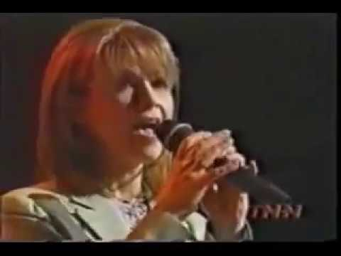 Patty Loveless – To Have You Back Again (Live)