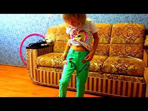 Первое самостоятельно снятое видео Саши. Моя одежда и не только...