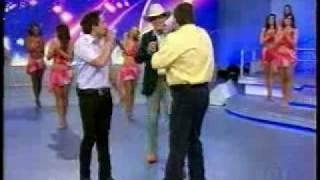 Faustão dando esporro durante show de Fernando e Sorocaba