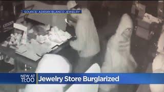 Folsom Jewelry Thieves Caught On Camera