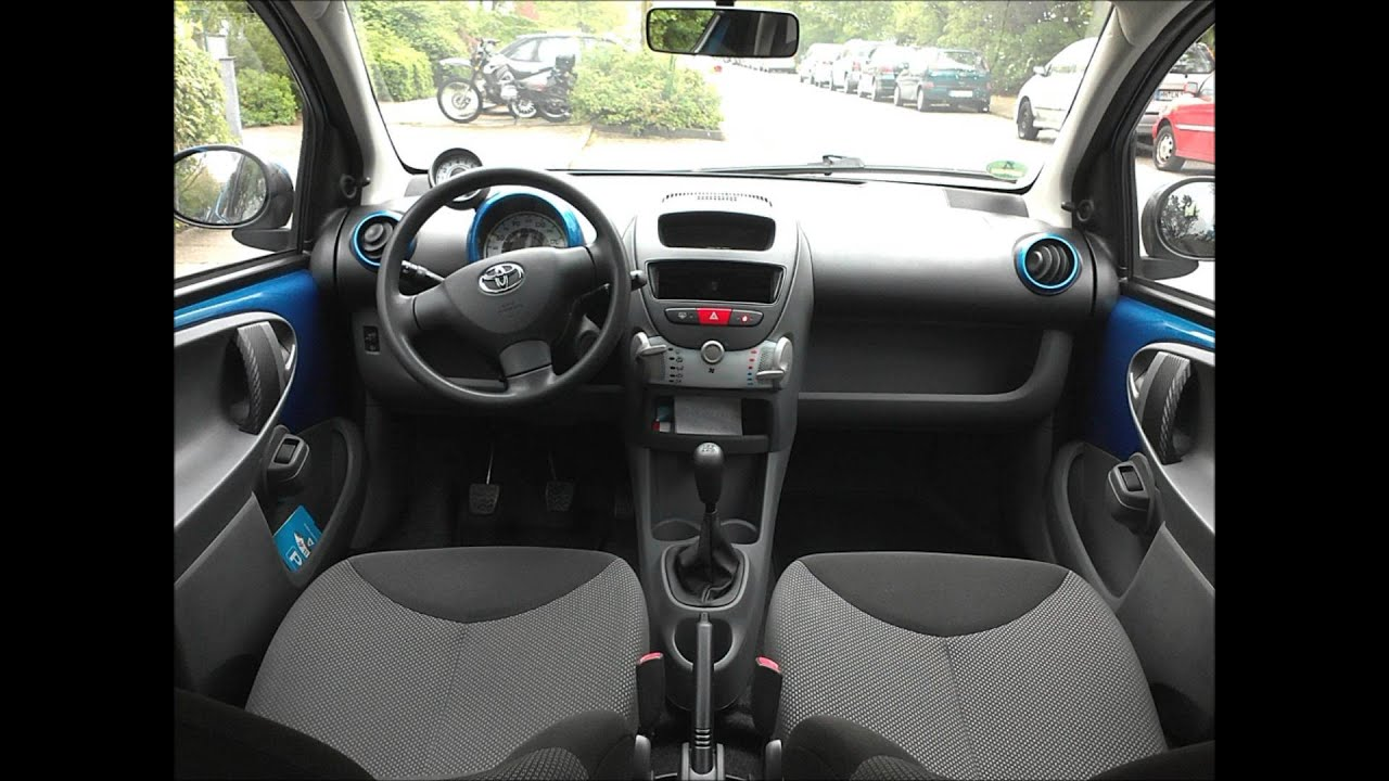 Car wrapping toyota aygo innenraum folieren mit 3m di noc for Auto interieur folieren