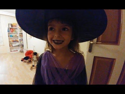 Elif Tiyatro Dersinde Cadı oldu....