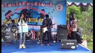 Repeat youtube video Mesum...? No. Tanah Air Beta-Festival Band-SMPN 3 Bayat Klaten Jateng
