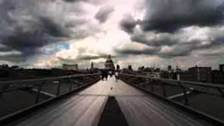 Seconhand Serenade- World Turns New Song 2010 +Lyrics in description