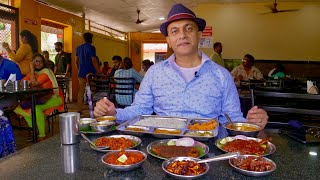 Lunch At Mangalore's Most Popular SEAFOOD Restaurant, MACHALI | Crab Ghee Roast Prawn Fry Fish Curry