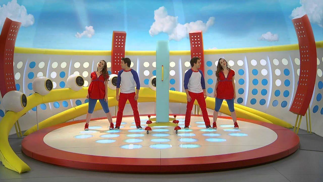 El juego del espejo playground con juli y juanchi youtube for El rincon del espejo