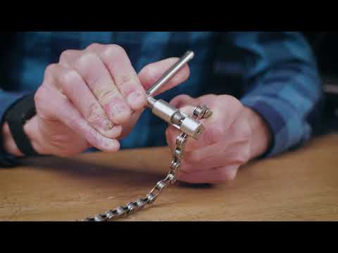 Chain Tool: How to use a PRO BIKE TOOL 1 to 12 Speed chain tool