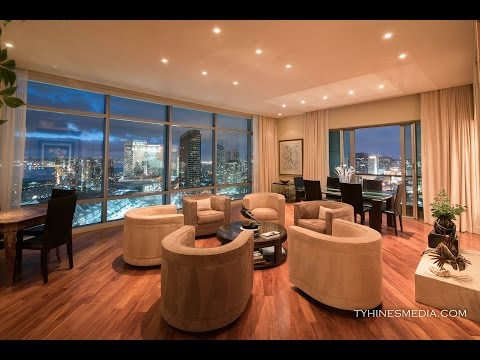 $2,600,000 Downtown Penthouse with Sweeping Views! (San Dieg