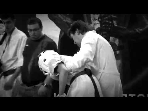 Видеоуроки Косики каратэ (Koshiki karate lessons). Подсечка. Олег Эстон. 5дан