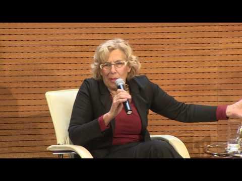 Manuela Carmena y José Mujica hablan ante la prensa