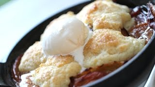 Beth's Insanely Good Peach Cobbler!