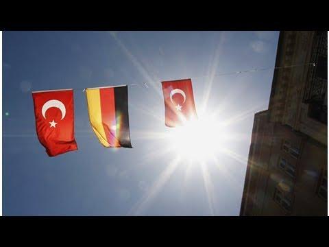 Almanya Büyükelçiliği açıklama bekliyor: İzmir Alman Okulu kapatıldı