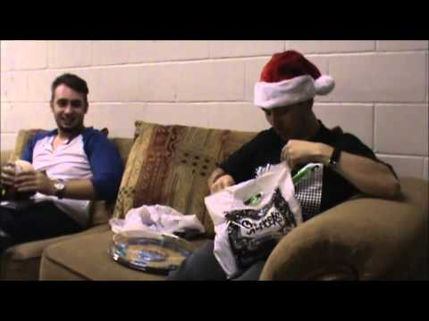 Sol' Gives Each Other Christmas Gag Gifts