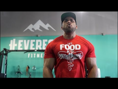 Chest and Shoulder Workout at Everest Training | Arlington Texas