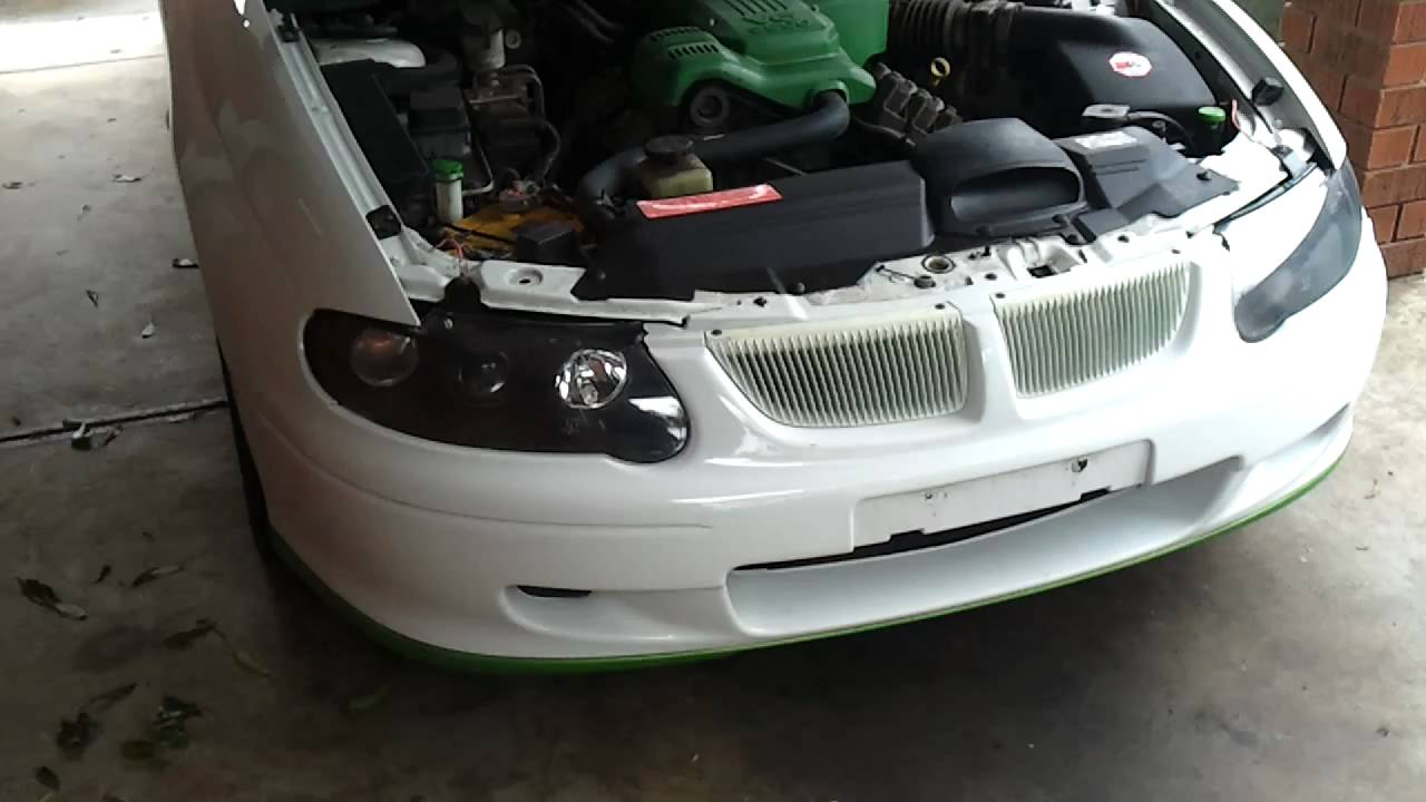 Installing HID s into VX Commodore Part 1 YouTube