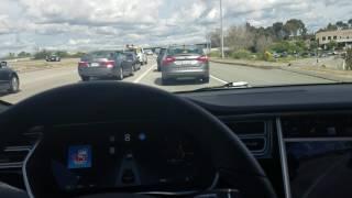 Tesla model s autopilot 2.0 handling the freeway in traffic like a champ