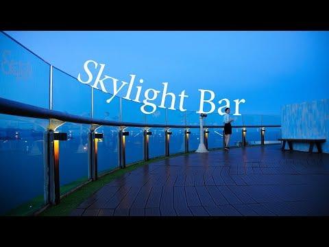 Đi Nha Trang review quán cafe nhưng vào nhầm bar Sky Light trên nóc nhà