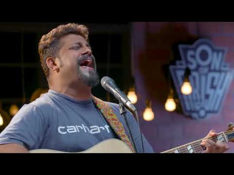 Gully Boy-Raghu Dixit Performs 'AMBAR' For Son Of Abish Show