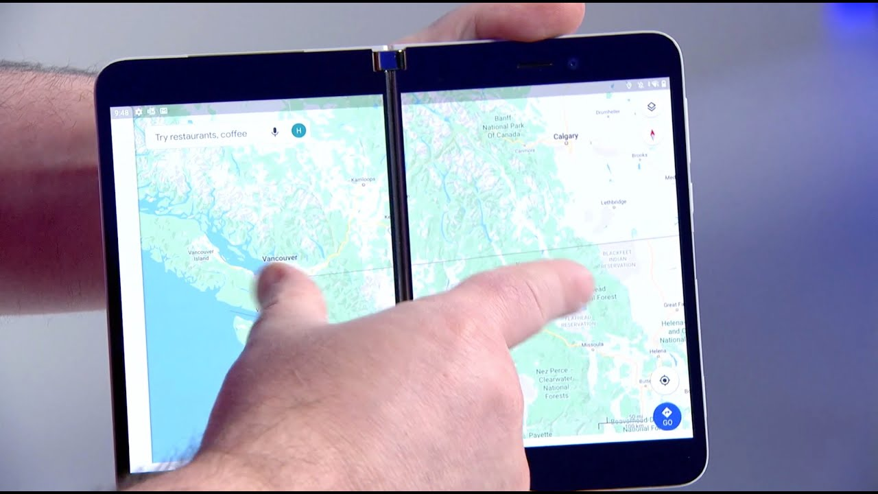 Microsoft показала, как работает её первый смартфон на Android