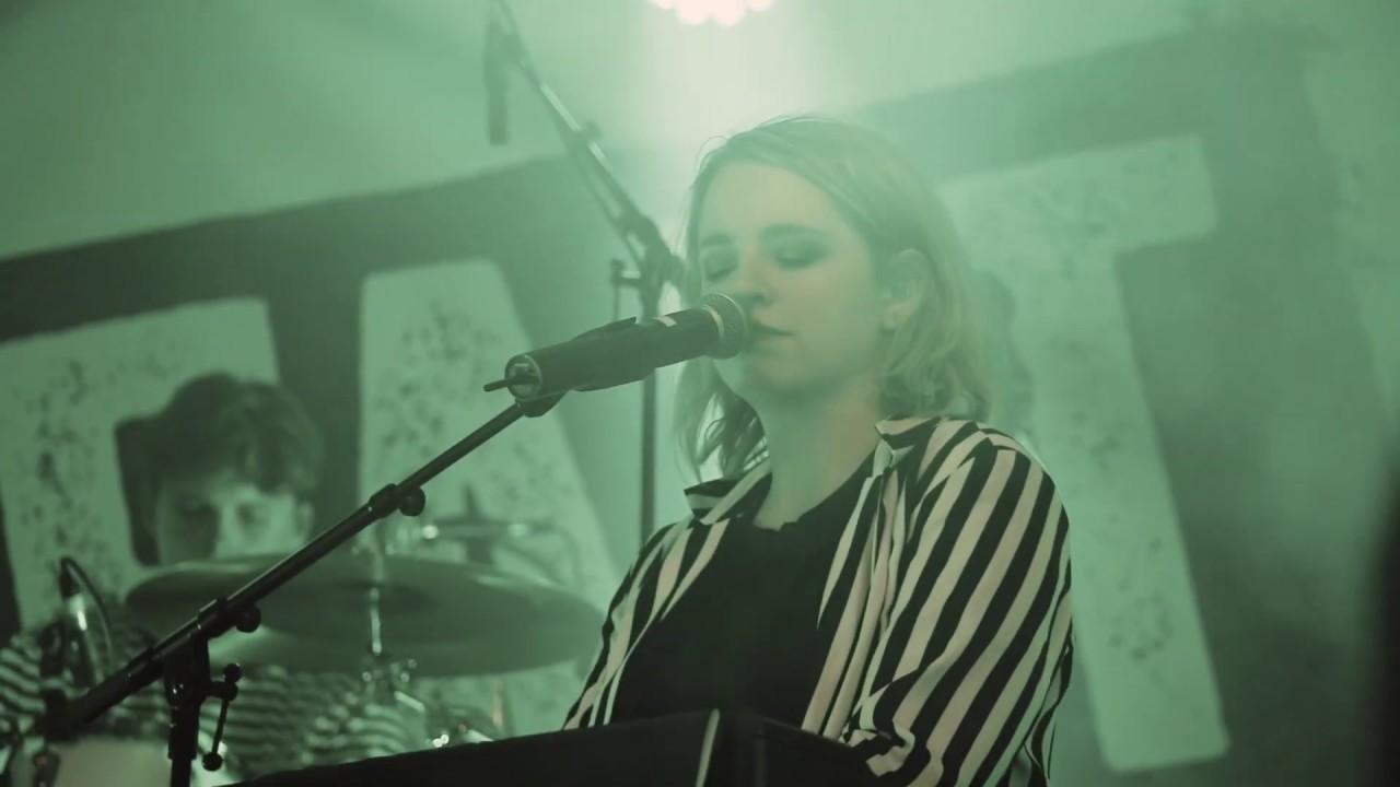 LENNA - Wer zuletzt lacht (Live)
