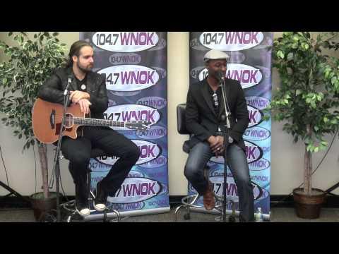 Aloe Blacc performs 3 songs for 104.7 WNOK Listeners