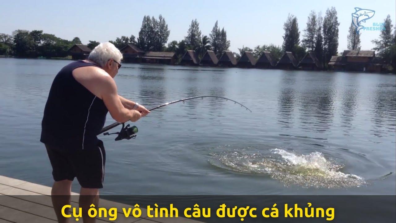 Cụ ông đi câu cá giải trí không ngờ bắt được toàn cá khủng