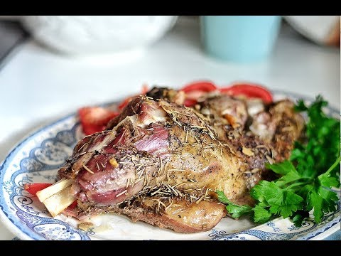 How To Make The Ultimate Roast Lamb Shoulder- Melt In You Mouth Tender