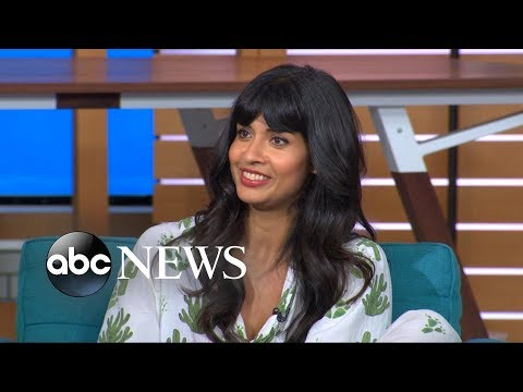 'The Good Place' star Jameela Jamil reveals how she lost her tooth in onset fall