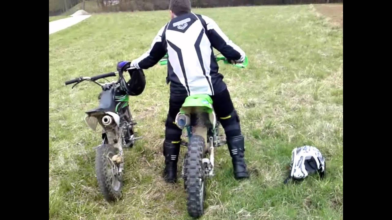 kawasaki und pit dirt bike 125ccm youtube. Black Bedroom Furniture Sets. Home Design Ideas