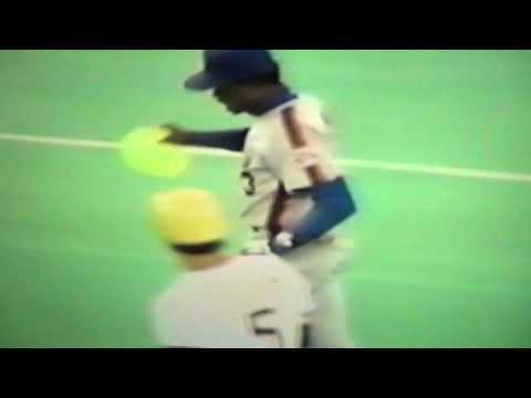 Rafael Santana Bites Balloon To Pop It! New York Mets